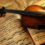 violin_and_notes-wallpaper-2560×1440